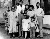 Maybe Gma Shafer, Luella, William, Alden, Gretta, Laverna, Clyde, with Alice and Don in front